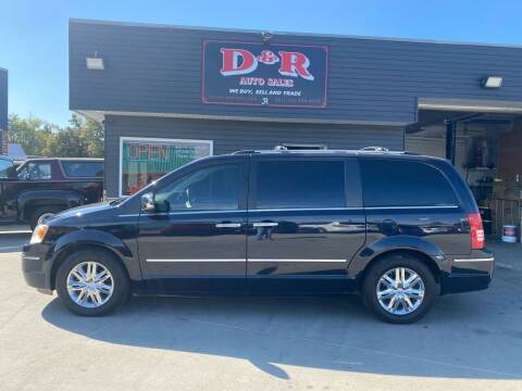 2010 Chrysler Town and Country for sale at D & R Auto Sales in South Sioux City NE