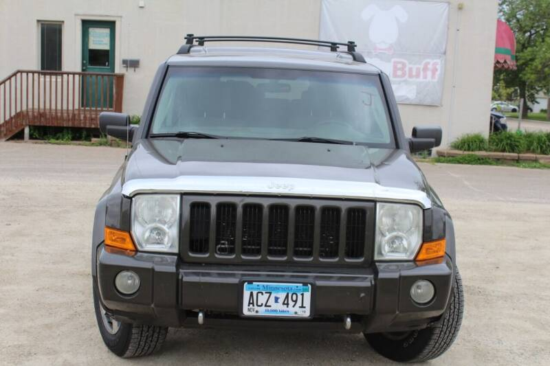 2006 Jeep Commander for sale at Rochester Auto Mall in Rochester MN