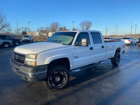 2007 Chevrolet Silverado 3500 Classic for sale at CarSmart Auto Group in Orleans IN