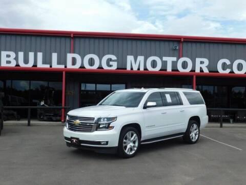 2017 Chevrolet Suburban for sale at Bulldog Motor Company in Borger TX