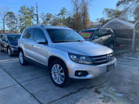 2012 Volkswagen Tiguan for sale at AUTO WOODLANDS in Magnolia TX