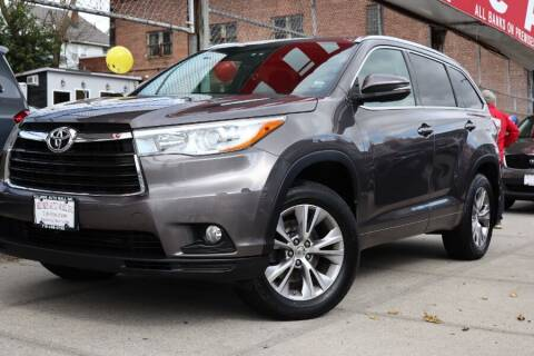 2015 Toyota Highlander for sale at HILLSIDE AUTO MALL INC in Jamaica NY