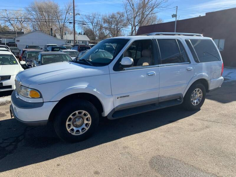 1998 Lincoln Navigator for sale at B Quality Auto Check in Englewood CO
