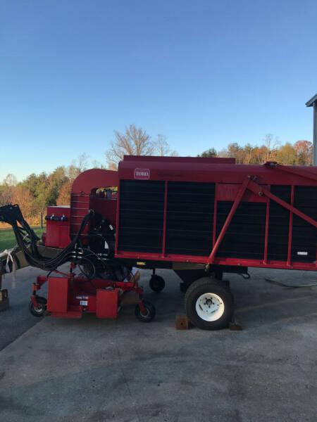 2014 Toro Versa Vac for sale at Mathews Turf Equipment in Hickory NC