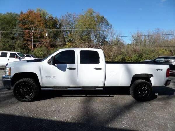 2013 Chevrolet Silverado 2500HD for sale at Apex Auto Sales LLC in Petersburg MI