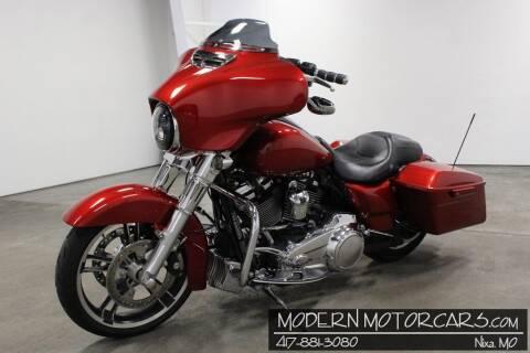 2018 Harley-Davidson Street Glide for sale at Modern Motorcars in Nixa MO