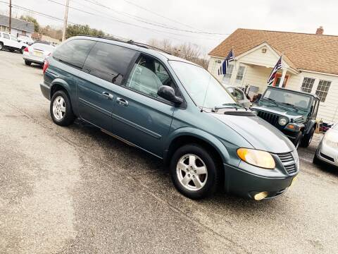 2005 Dodge Grand Caravan for sale at New Wave Auto of Vineland in Vineland NJ