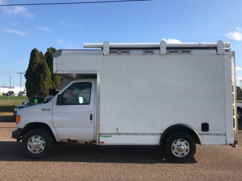2005 Ford E-Series Chassis for sale at BLAESER AUTO LLC in Chippewa Falls WI