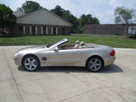 2004 Mercedes-Benz SL-Class for sale at Lease Car Sales 2 in Warrensville Heights OH