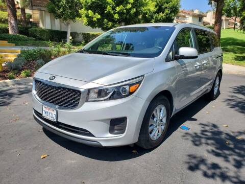 2016 Kia Sedona for sale at E MOTORCARS in Fullerton CA