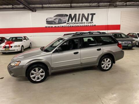 2006 Subaru Outback for sale at MINT MOTORWORKS in Addison IL