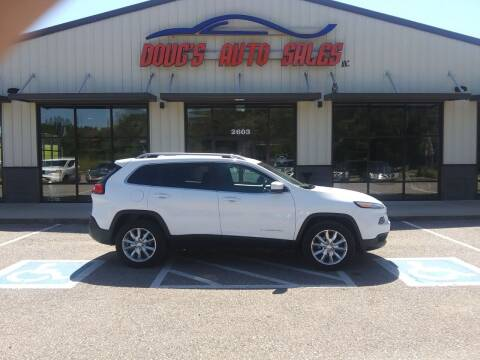 2014 Jeep Cherokee for sale at DOUG'S AUTO SALES INC in Pleasant View TN
