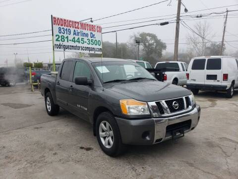 2011 Nissan Titan for sale at RODRIGUEZ MOTORS CO. in Houston TX