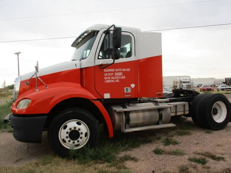 2006 Freightliner Columbia for sale at Sunrise Auto Sales in Liberal KS