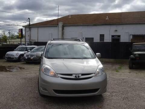 2010 Toyota Sienna for sale at QUALITY AUTO SALES OF NEW YORK in Medford NY
