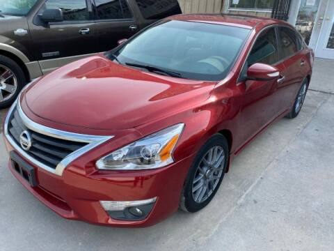 2013 Nissan Altima for sale at Sam's Auto Sales in Houston TX