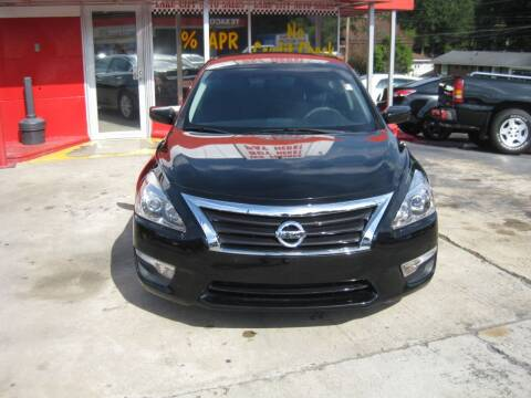 2015 Nissan Altima for sale at LAKE CITY AUTO SALES in Forest Park GA