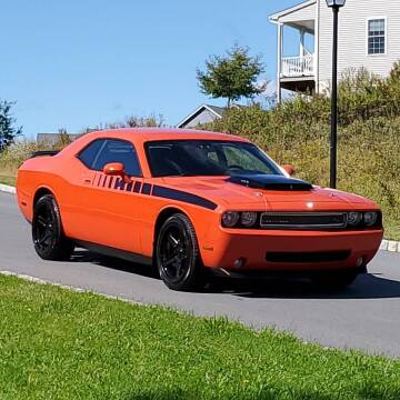 2010 Dodge Challenger for sale at R & R AUTO SALES in Poughkeepsie NY