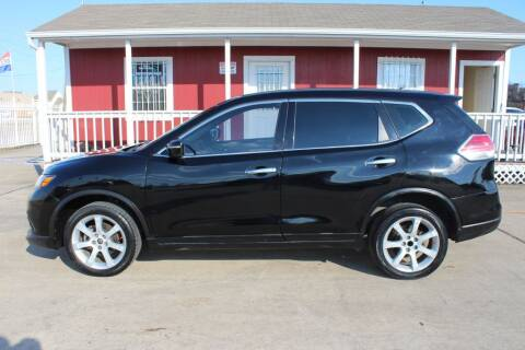 2015 Nissan Rogue for sale at AMT AUTO SALES LLC in Houston TX