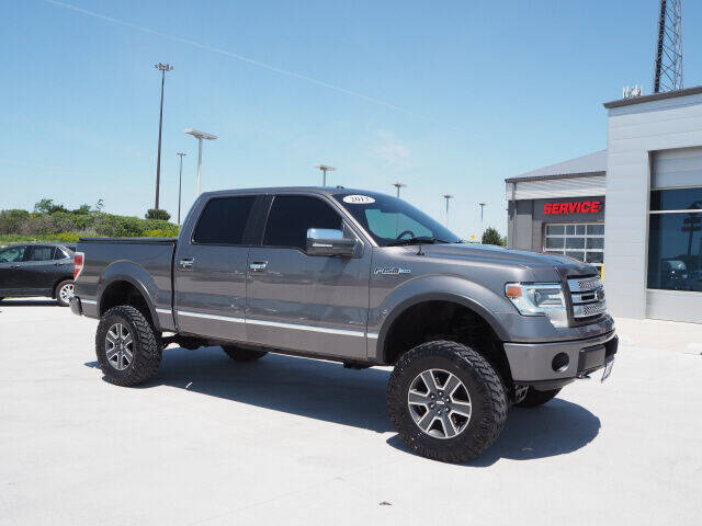 2013 Ford F-150 for sale at SIMOTES MOTORS in Minooka IL
