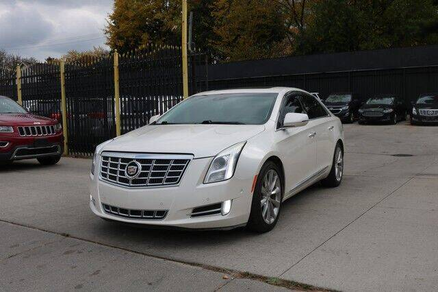 2014 Cadillac XTS for sale at F & M AUTO SALES in Detroit MI