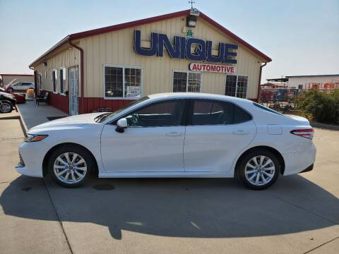 "2018 Toyota Camry for sale at UNIQUE AUTOMOTIVE ""BE UNIQUE"" in Garden City KS"