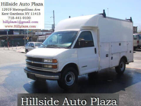 2002 Chevrolet Express Cutaway for sale at Hillside Auto Plaza in Kew Gardens NY