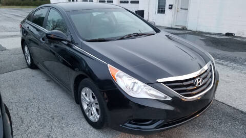 2011 Hyundai Sonata for sale at WEELZ in New Castle DE