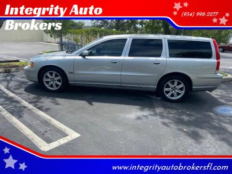 2005 Volvo V70 for sale at Integrity Auto Brokers in Pompano Beach FL