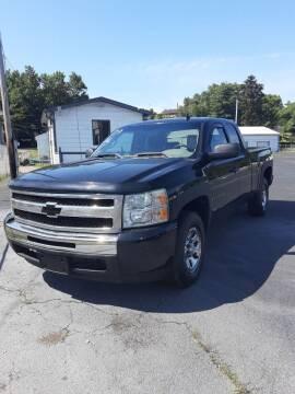 2009 Chevrolet Silverado 1500 for sale at Bates Auto & Truck Center in Zanesville OH