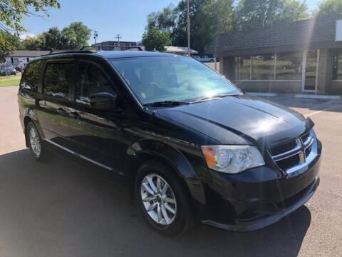 2014 Dodge Grand Caravan for sale at Auto Hub in Grandview MO