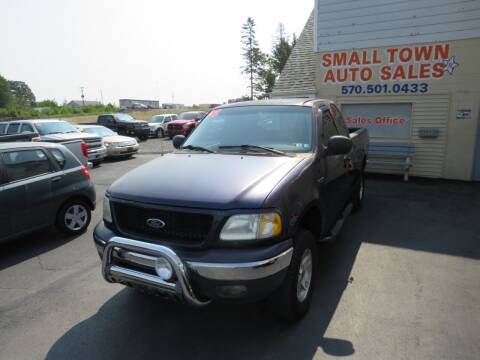 2002 Ford F-150 for sale at Small Town Auto Sales in Hazleton PA