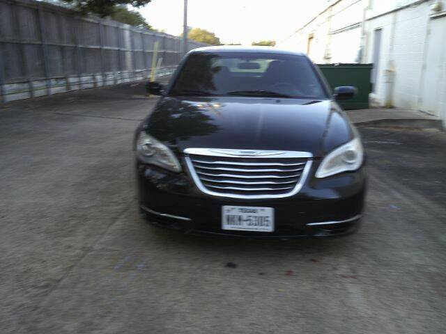 2012 Chrysler 200 for sale at AUTO VALUE FINANCE INC in Stafford TX