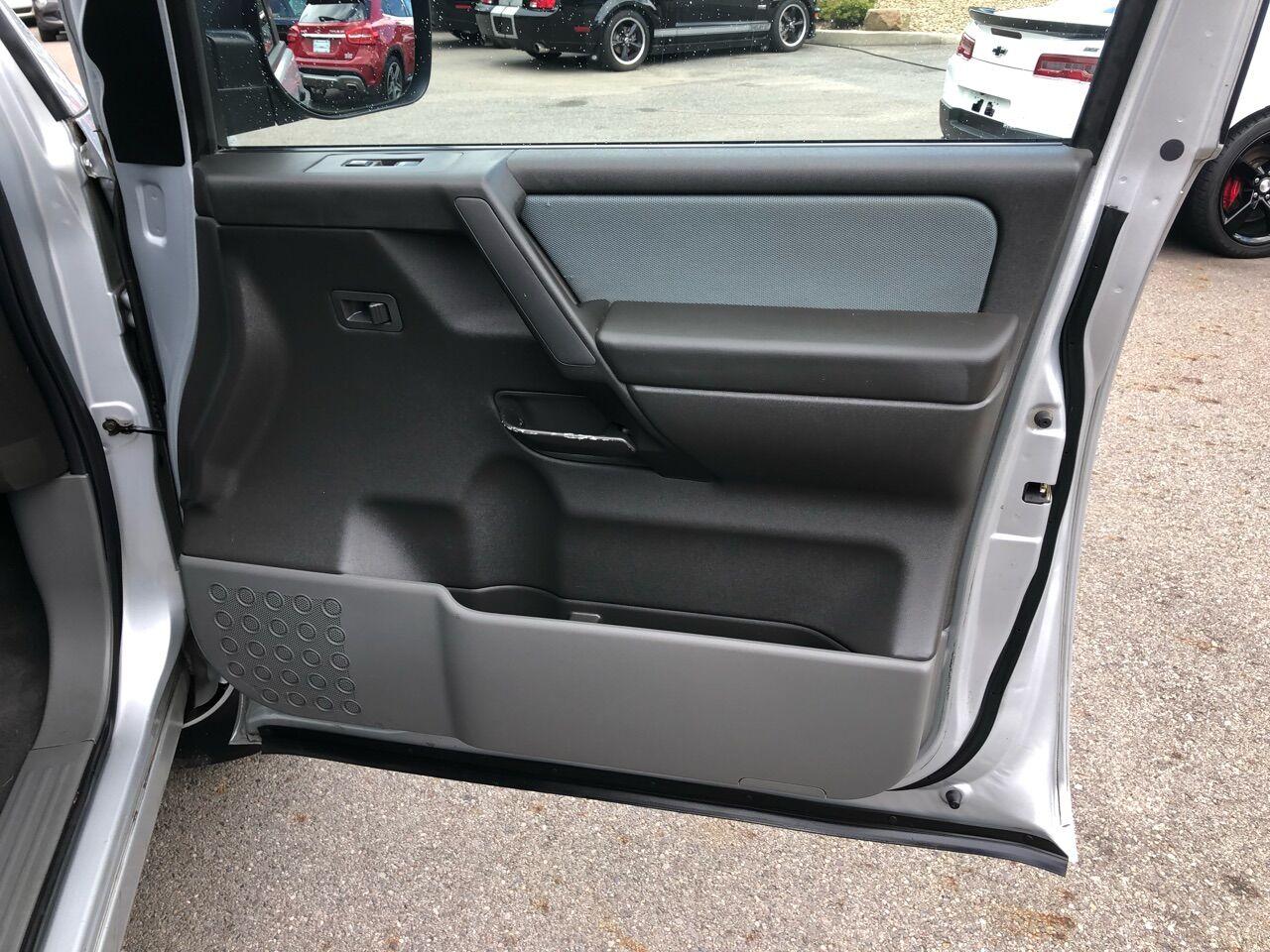 2007 Nissan Titan Short Bed