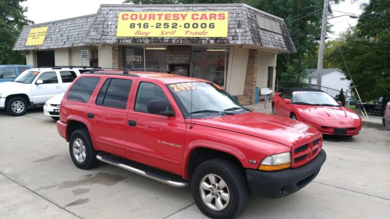 2000 Dodge Durango for sale at Courtesy Cars in Independence MO