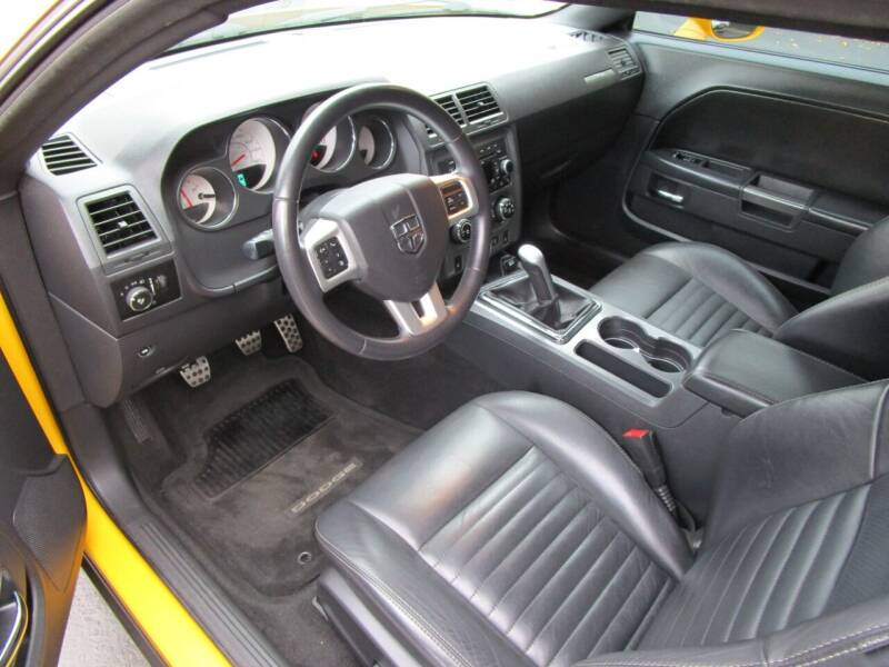 2012 Dodge Challenger R/T Classic 2dr Coupe - Salem OR
