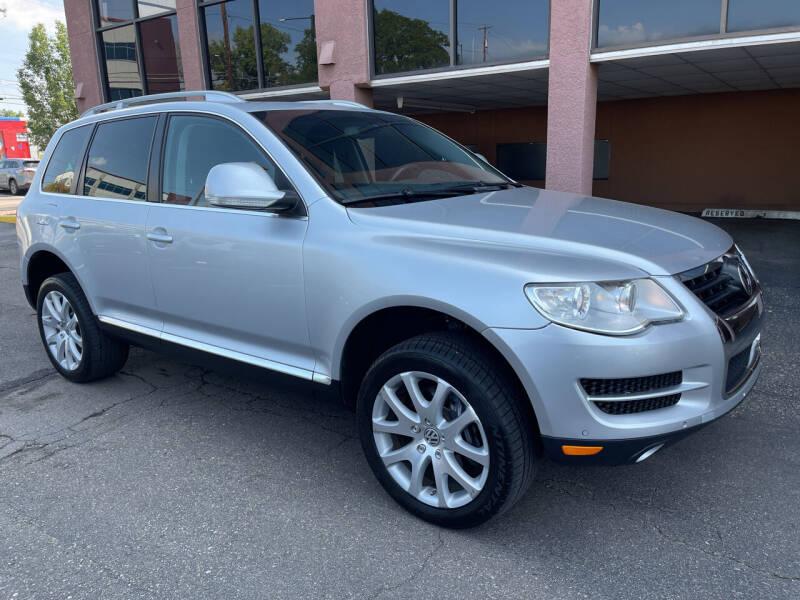 2010 Volkswagen Touareg for sale in Denver, CO