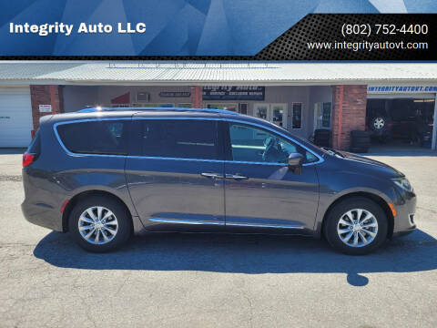 2018 Chrysler Pacifica for sale at Integrity Auto LLC - Integrity Auto 2.0 in St. Albans VT