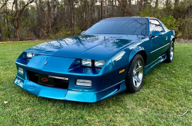 1992 Chevrolet Camaro for sale at EuroMotors LLC in Lee MA