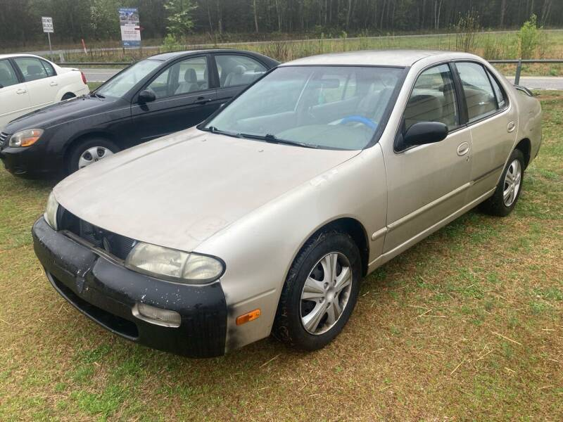 1997 Nissan Altima for sale at UpCountry Motors in Taylors SC
