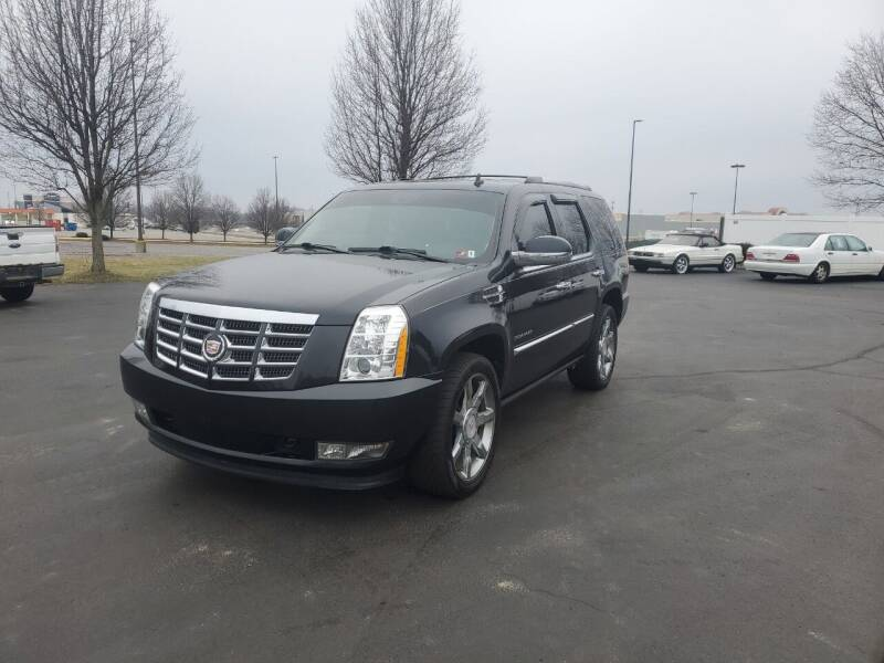 2011 Cadillac Escalade for sale at Boardman Auto Exchange in Youngstown OH