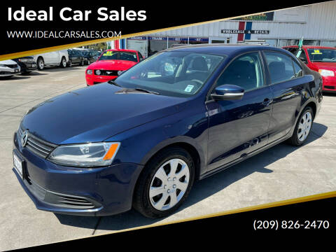 2011 Volkswagen Jetta for sale at Ideal Car Sales in Los Banos CA