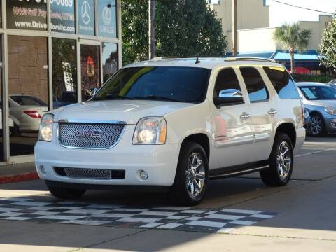 2007 GMC Yukon for sale at Drive Town in Houston TX