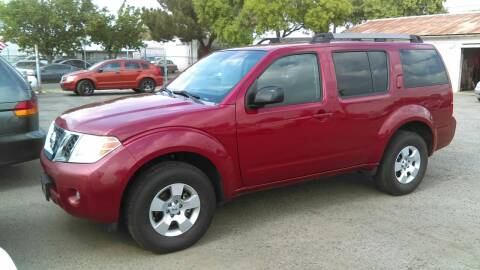 2009 Nissan Pathfinder for sale at Larry's Auto Sales Inc. in Fresno CA