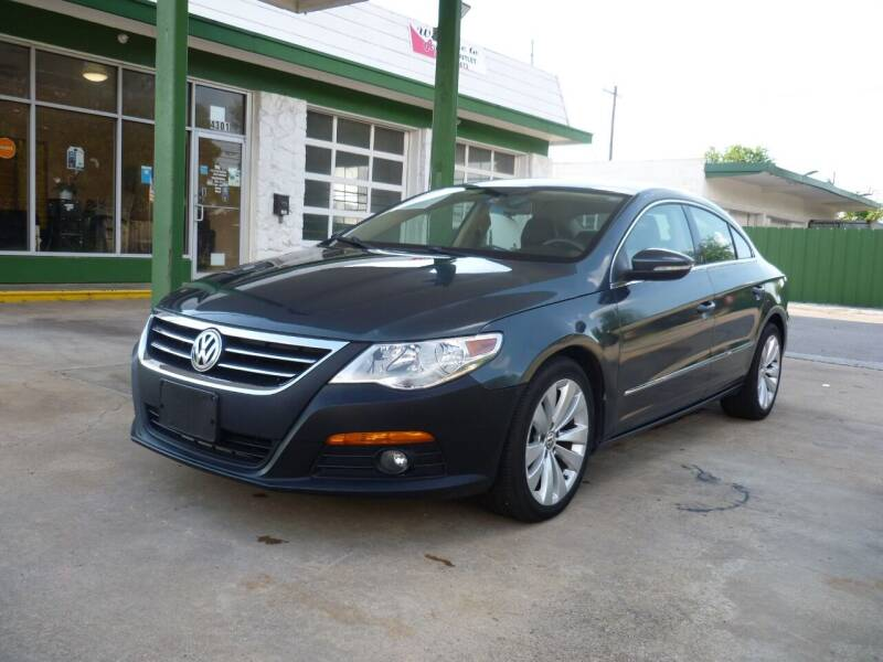 2010 Volkswagen CC for sale at Auto Outlet Inc. in Houston TX