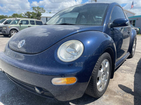 2003 Volkswagen New Beetle for sale at EXECUTIVE CAR SALES LLC in North Fort Myers FL