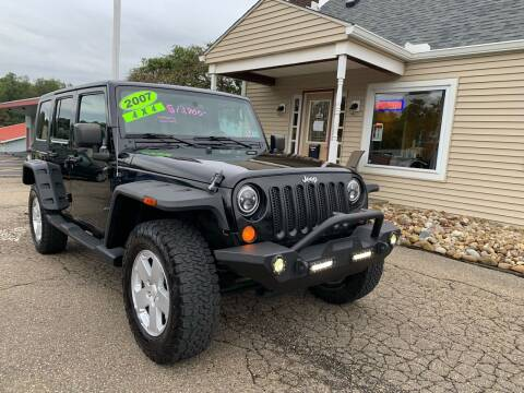 2007 Jeep Wrangler Unlimited for sale at G & G Auto Sales in Steubenville OH