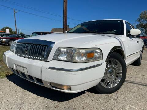 2008 Mercury Grand Marquis for sale at Texas Select Autos LLC in Mckinney TX