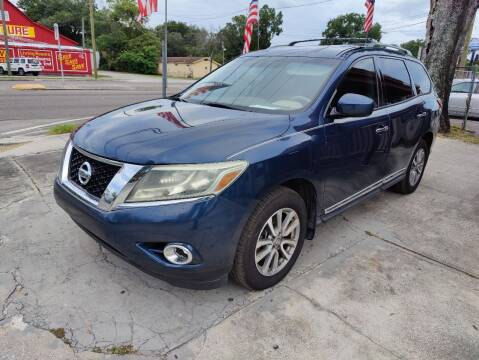2013 Nissan Pathfinder for sale at Advance Import in Tampa FL