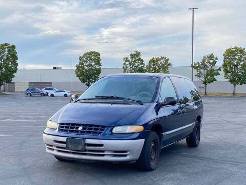 2000 Plymouth Grand Voyager for sale at H&W Auto Sales in Lakewood WA